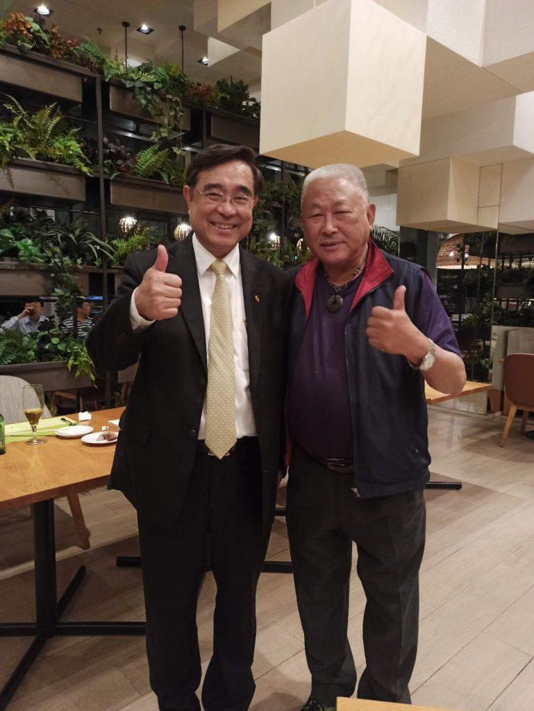任社長與吳成典主席合影