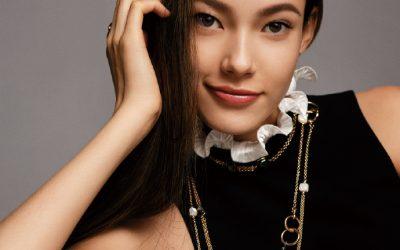 有的人祖宗八代是中國人.卻不承認中國人!而這半個中國出生在美國的小妞卻誓死當中國人!