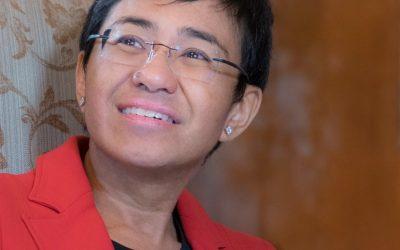 捍衛言論自由女鬥士、遭菲律賓度特蒂逮捕10次 的瑞撒得了諾貝爾和平獎—